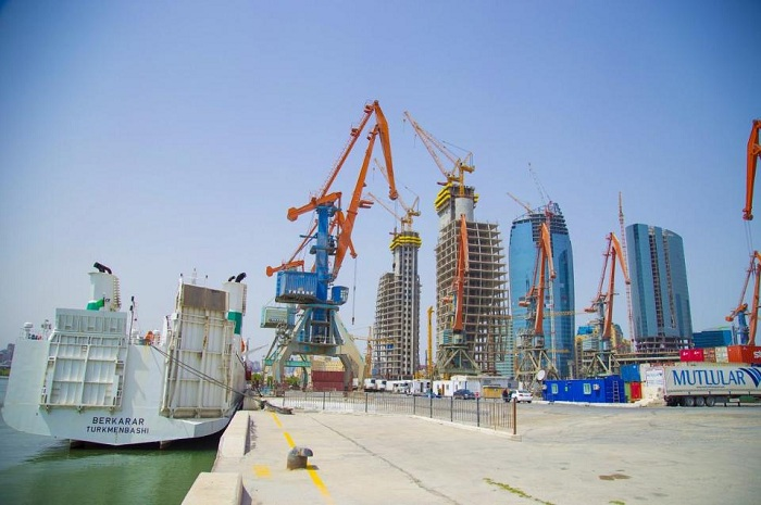 Bakou, futur plaque tournante de l'initiative la ceinture et la route ?