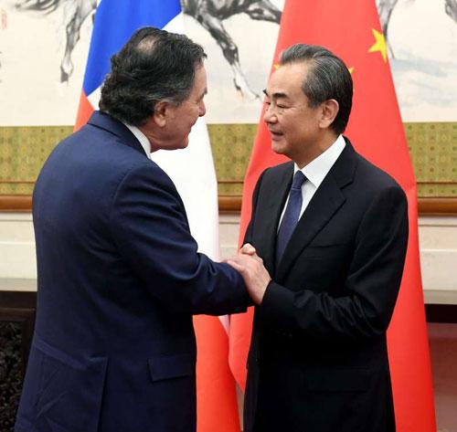 Le Chili rejoint les Nouvelles Routes de la Soie chinoises.