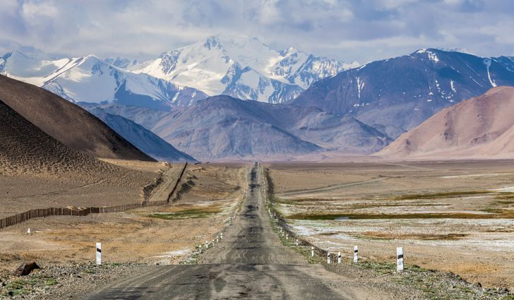 Le Tadjikistan accorde un permis d'exploitation de mine d'argent à une entreprise chinoise